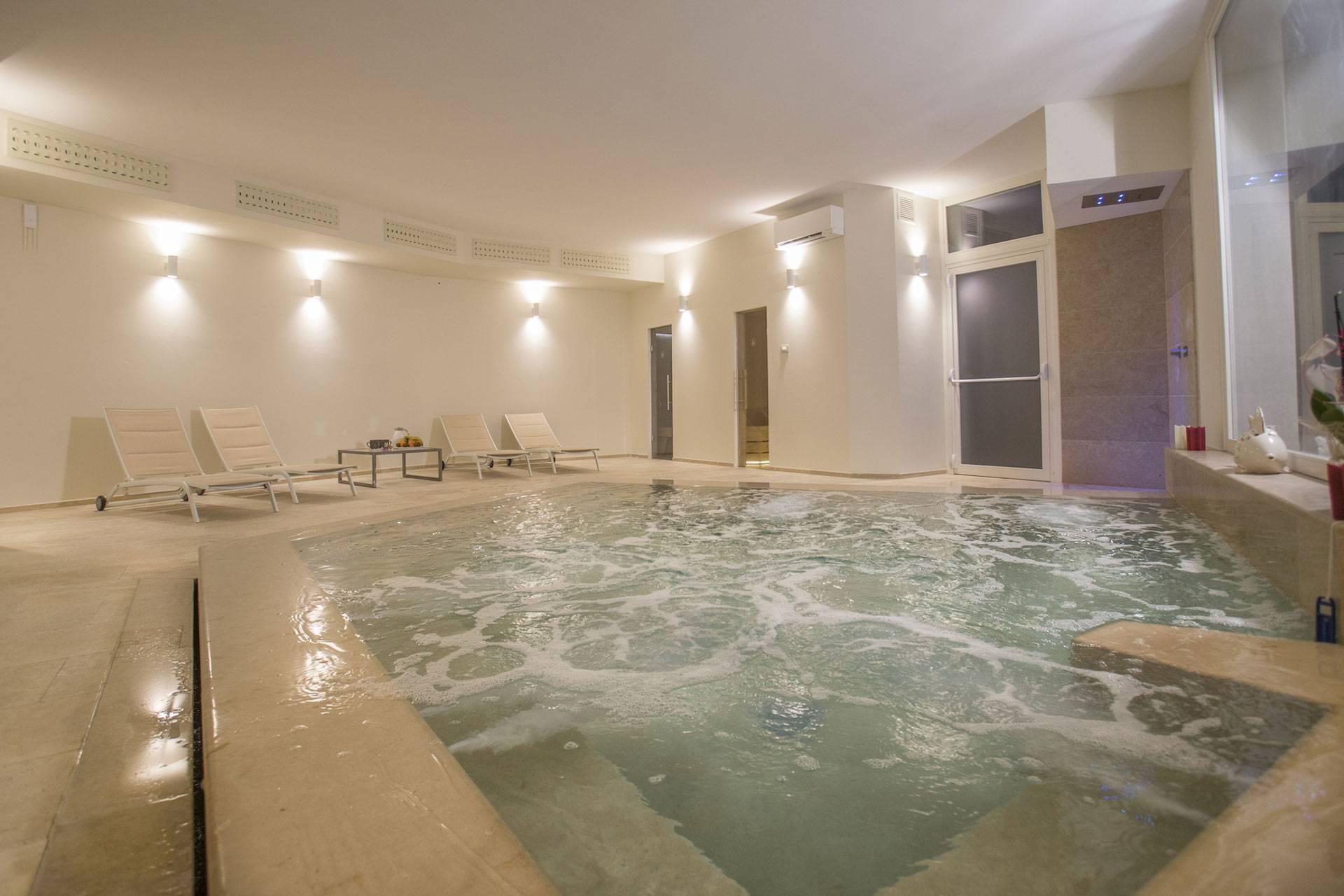 Masseria Mongiò con spa a Baia dei Turchi, Otranto