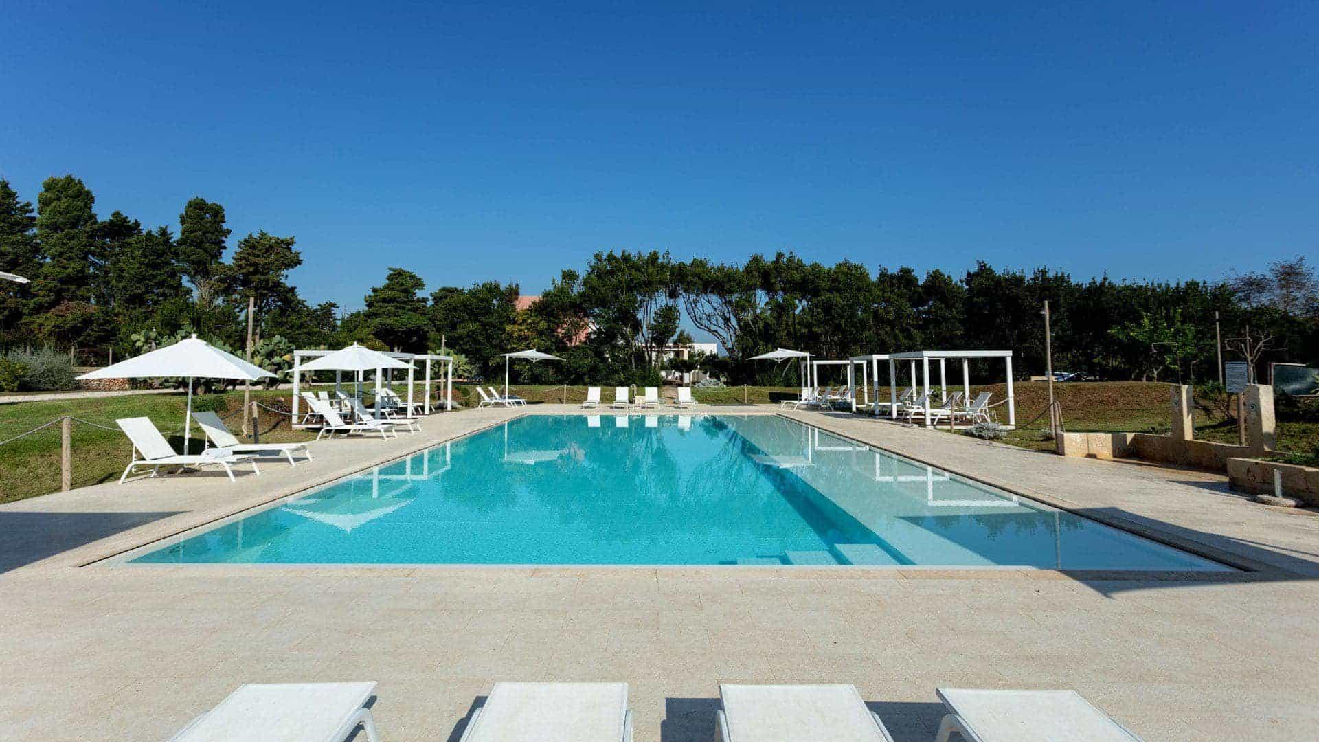 Masseria Mongiò con piscina a Otranto
